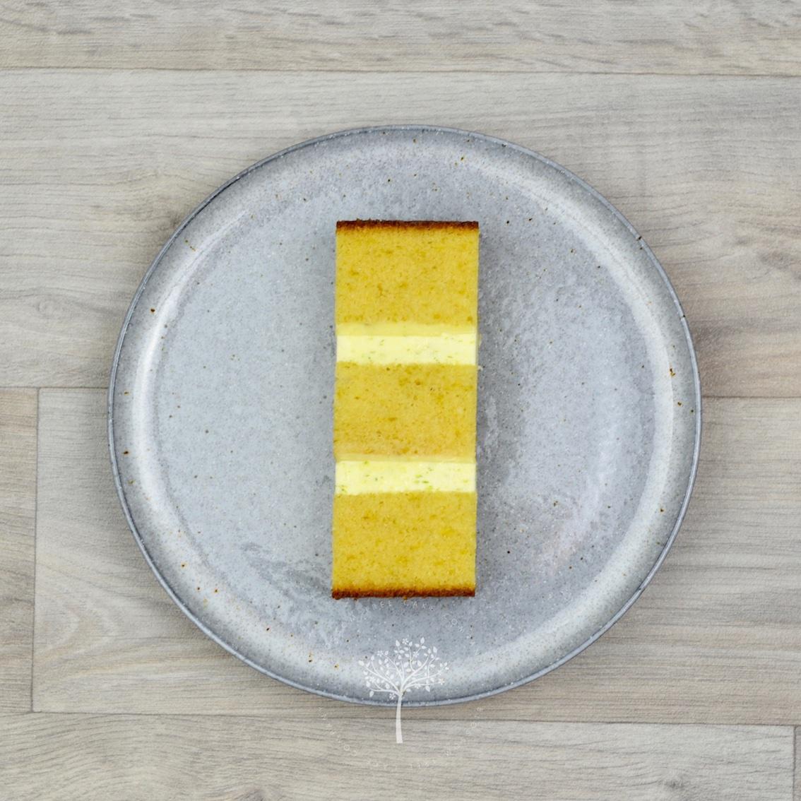 Zesty Lime sponge cake by Blossom Tree Cake Company Harrogate North Yorkshire.jpg