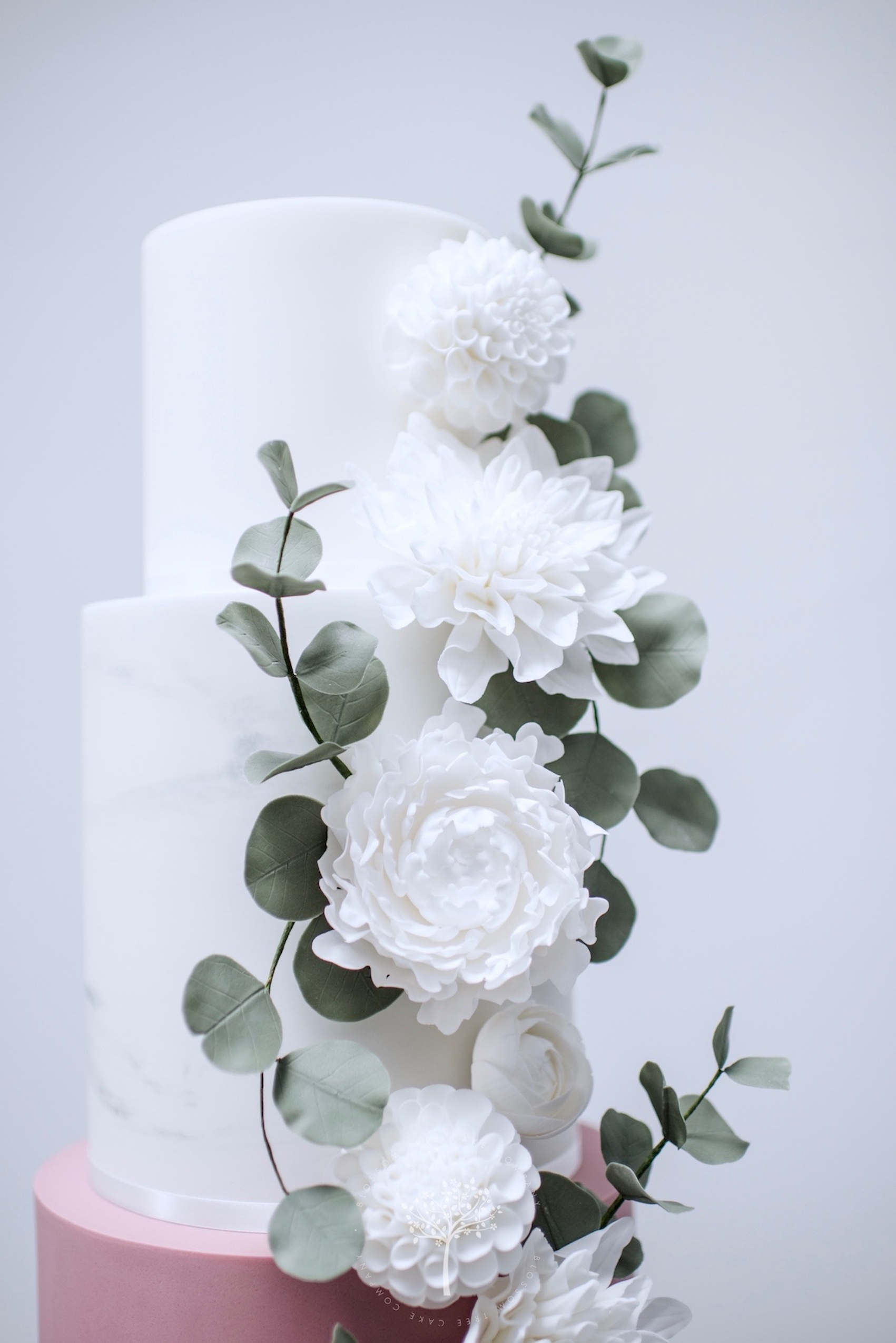 Marble & White Dahlias wedding cake by Blossom Tree Cake Company Harrogate North Yorkshire - top sugar flowers.jpg