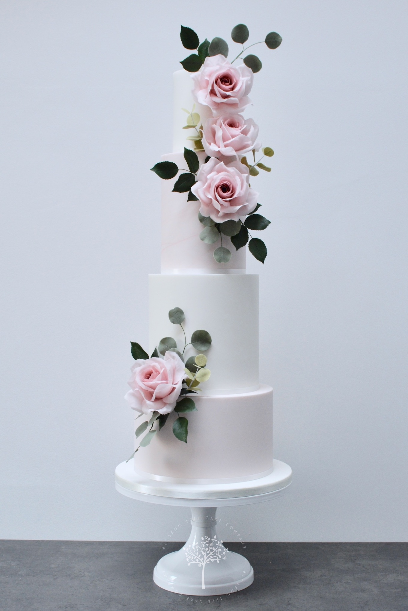 Garden Rose wedding cake by Blossom Tree Cake Company Harrogate North Yorkshire.jpg