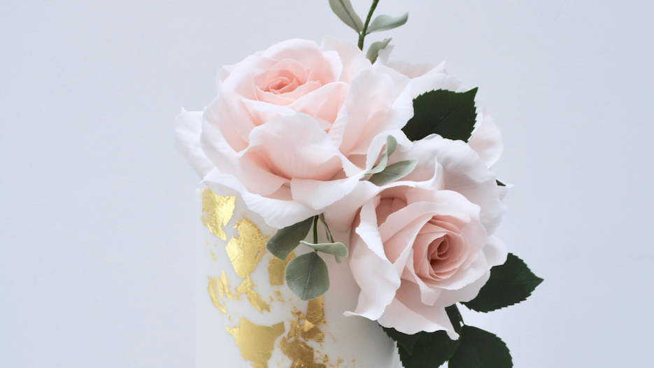 Dusky Pink & Gold - Gorgeous bouquets of dusky pink roses, eucalyptus and rose foliage with dreamy dusky pink, white and gold tones for a strikingly tall and elegant showpiece