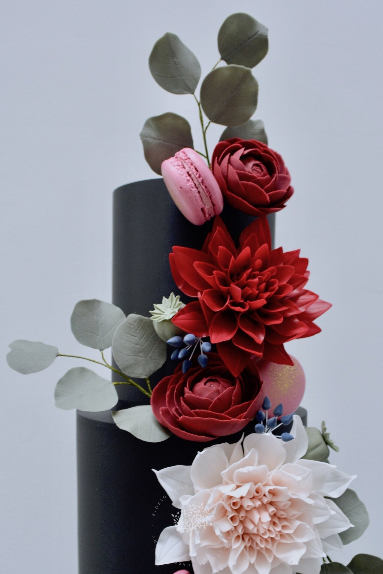 Autumn Blooms wedding cake by Blossom Tree Cake Company Harrogate North Yorkshire - top sugar dahlias and ranunculus.jpg