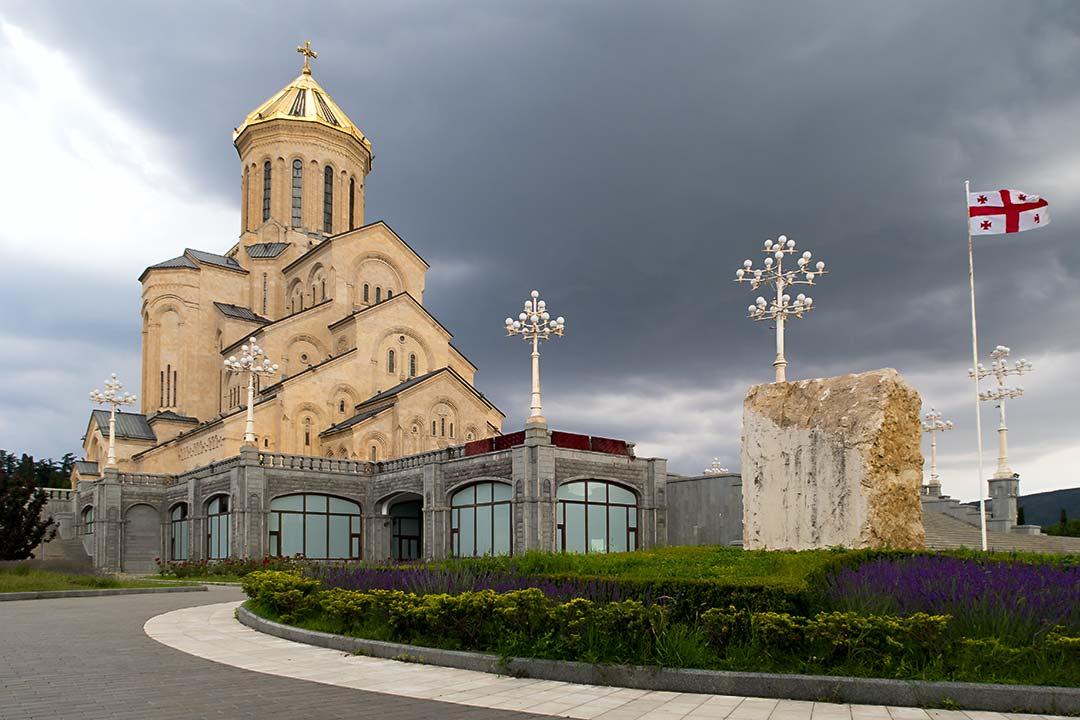 Самеба - Проживание с видом на главный собор страны.