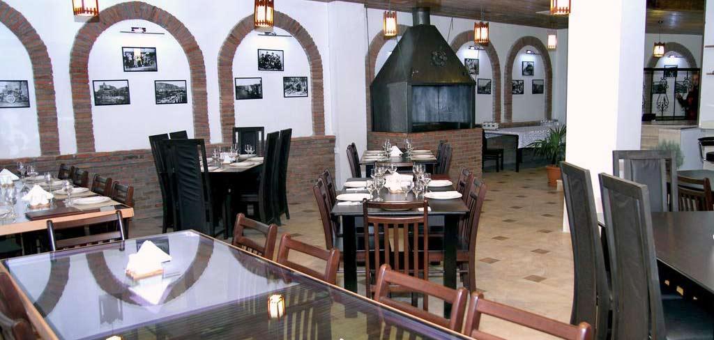 georgia-tbilisi-gt-dinner-2-hotel-NAMERANI.jpg