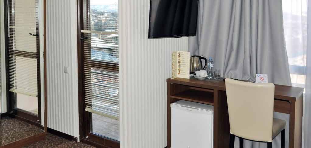 light-house-old-city-room-8-hotel-NAMERANI.jpg