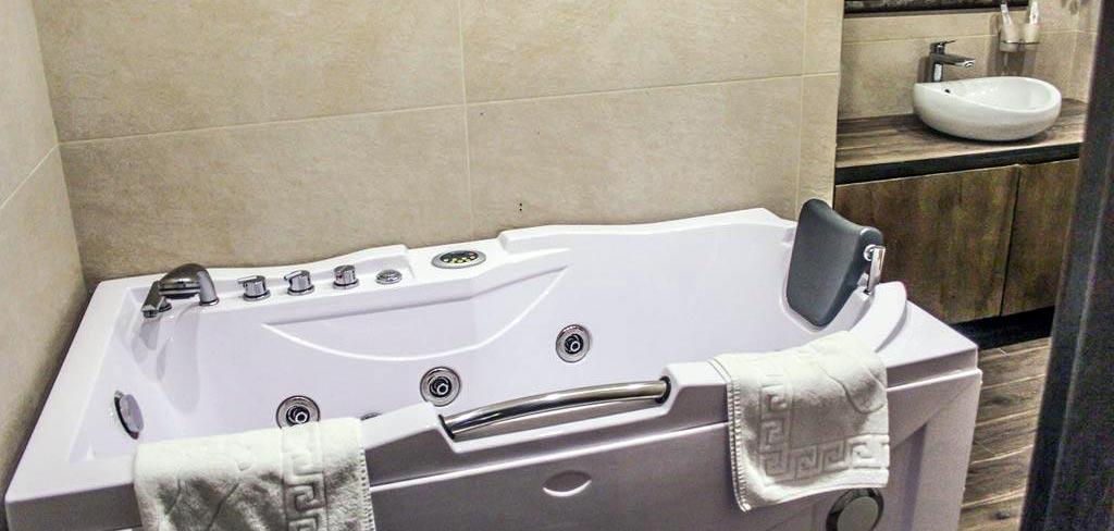 old-tbilisi-hotel-room-2-NAMERANI.jpg
