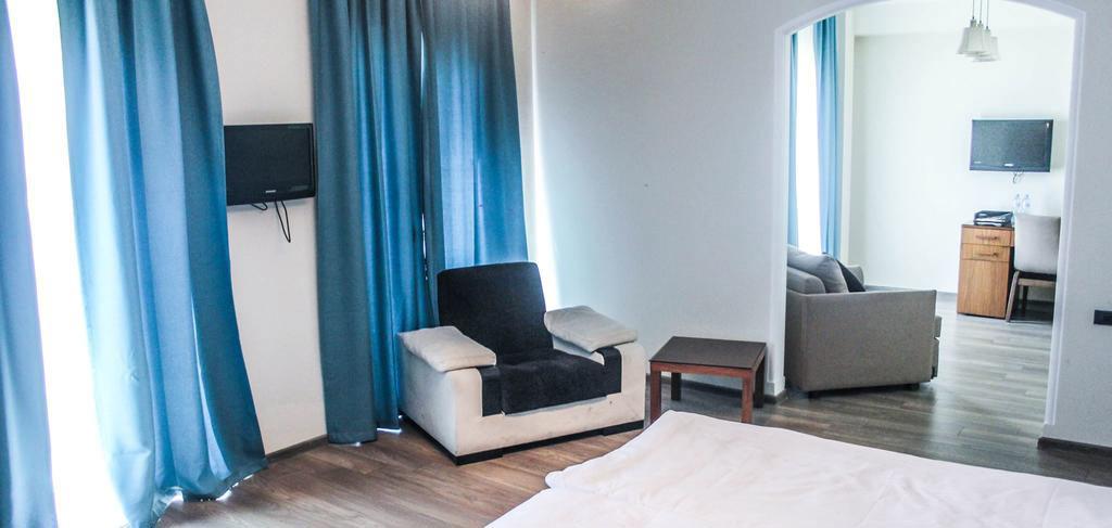 old-tbilisi-hotel-room-6-NAMERANI.jpg