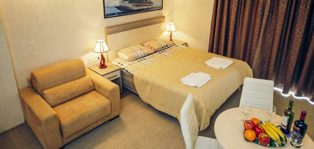 batumi-orient-lux-room-2-hotel-NAMERANI.jpg
