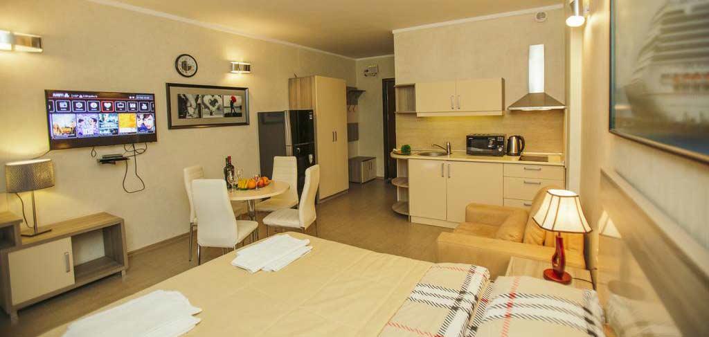batumi-orient-lux-room-8-hotel-NAMERANI.jpg