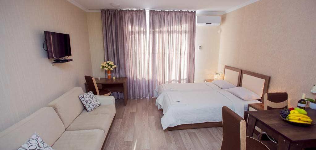 batumi-orient-lux-room-12-hotel-NAMERANI.jpg