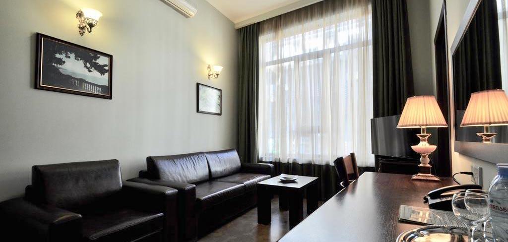 batumi-boutique-hotel-o-galorge-4-room-NAMERANI.jpg