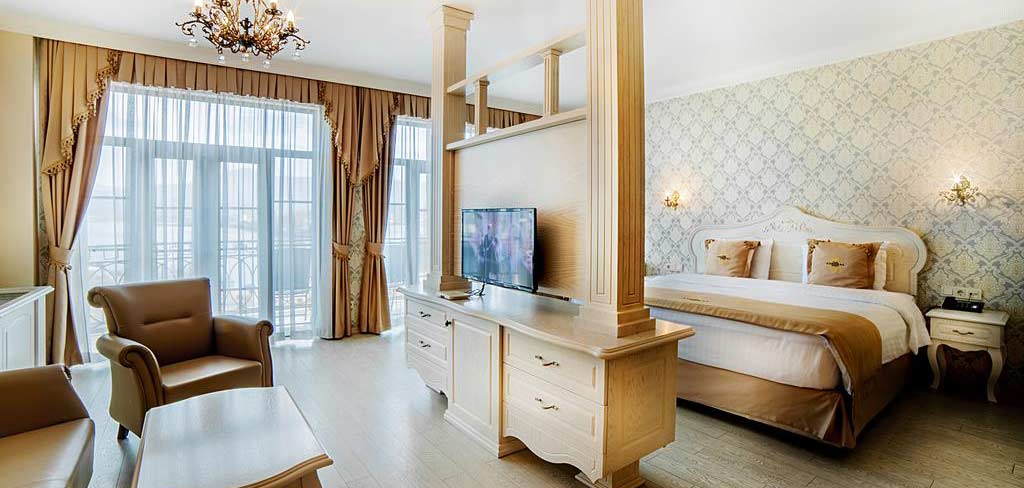Батуми-The-Admiral-Hotel-room-2-NAMERANI.jpg