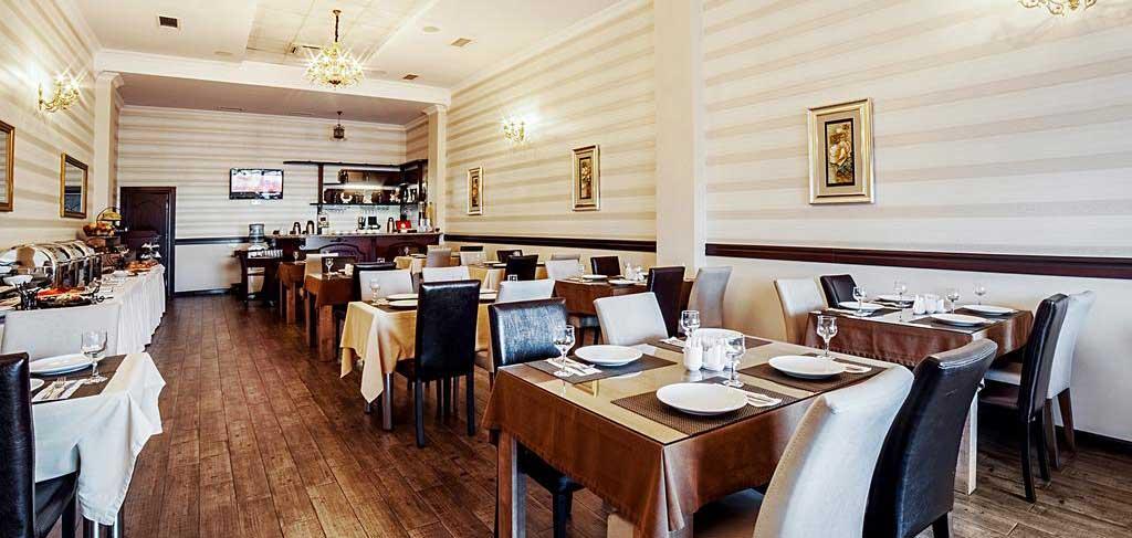 Батуми-The-Admiral-Hotel-breakfast-NAMERANI.jpg