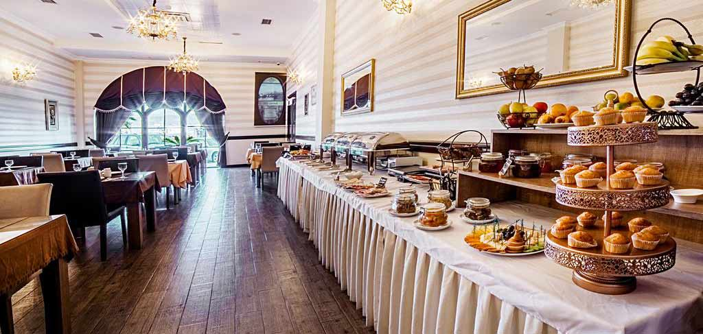 Батуми-The-Admiral-Hotel-breakfast-4-NAMERANI.jpg
