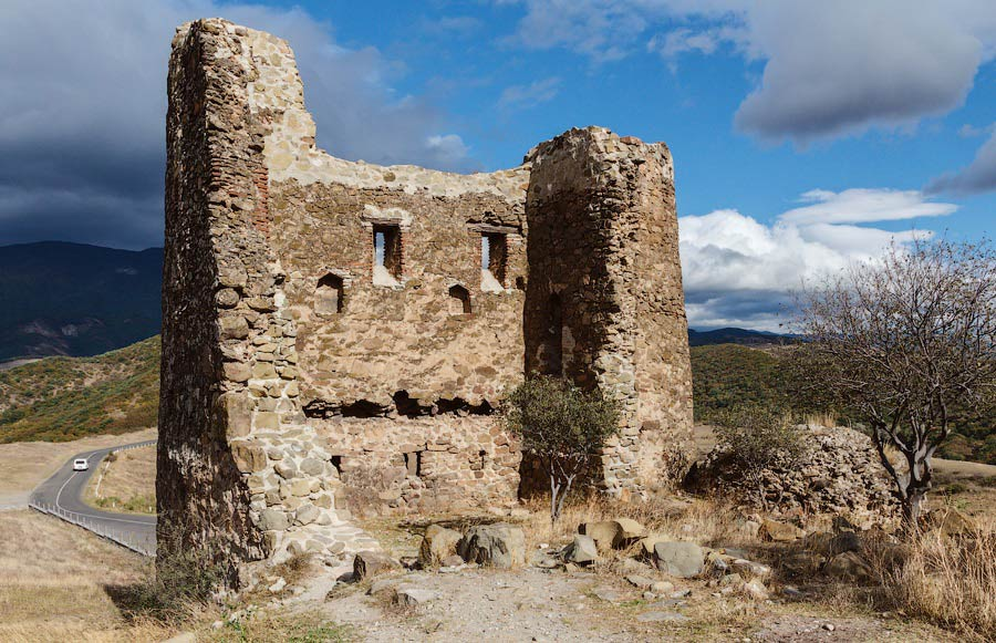 Развалины малого Храма Креста -