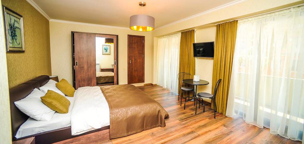 Комната-3-Hotel-Hills-Batumi-NAMERANI.jpg