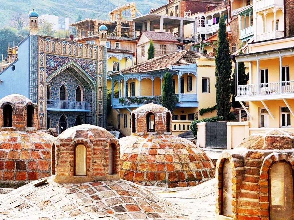 Обзорная-экскурсия-по-Тбилиси-серные-бани-гид-NAMERANI copy.jpg