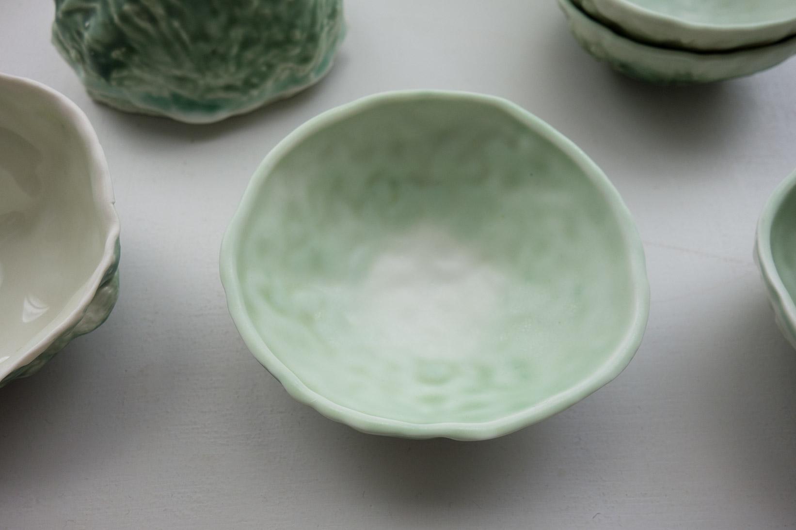 porcelaine émaillée / glazed porcelain