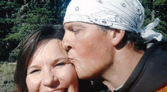 Bonny Senger Selfie  with her boyfriend Mike Petersen