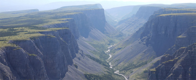 200 mile gorge Nahanni National Park