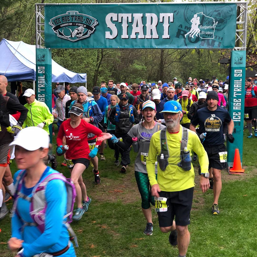 Start line! 50k runners are off!
