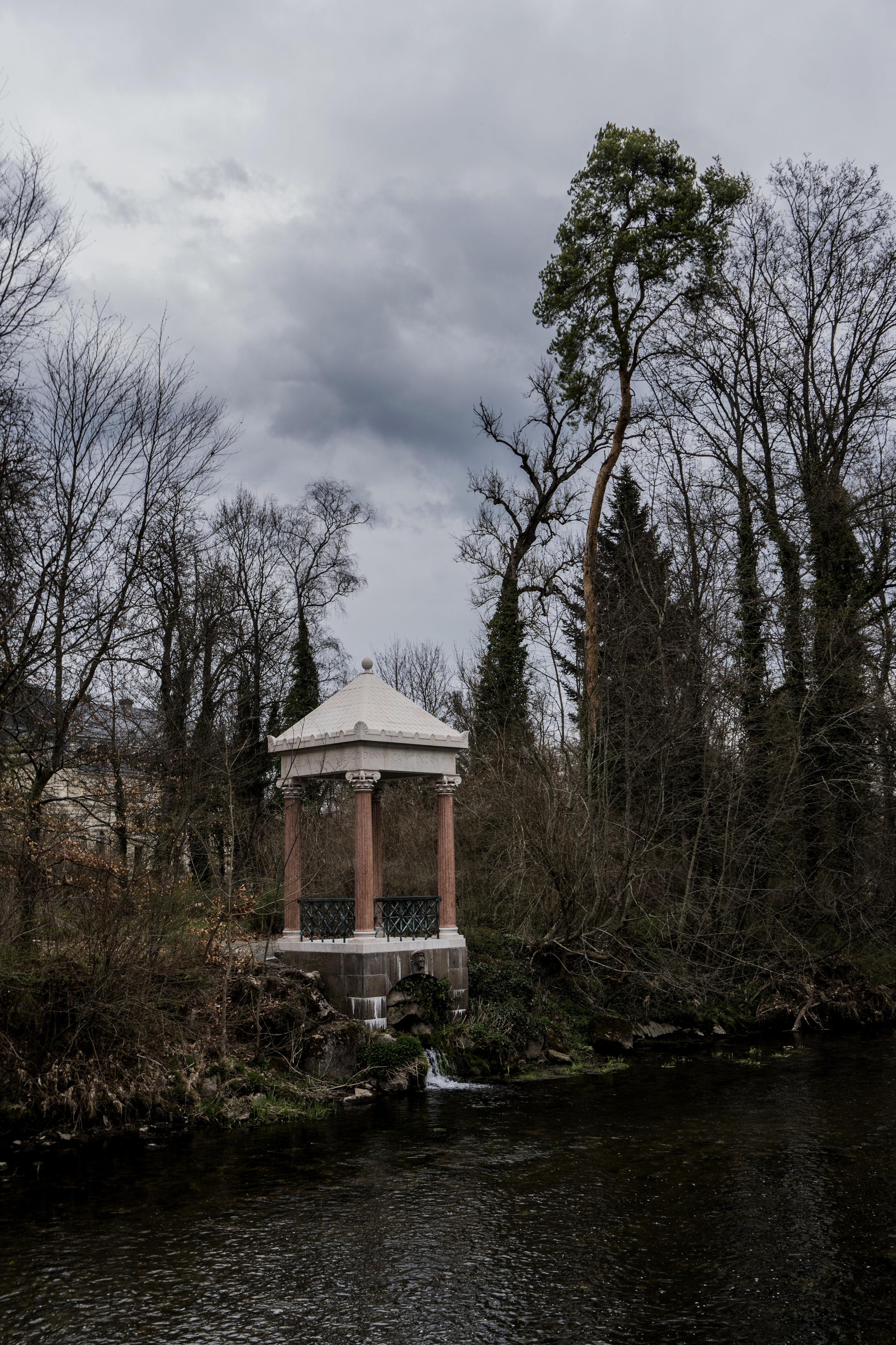 Monument dédié au Danube par Guillaume II de Prusse...