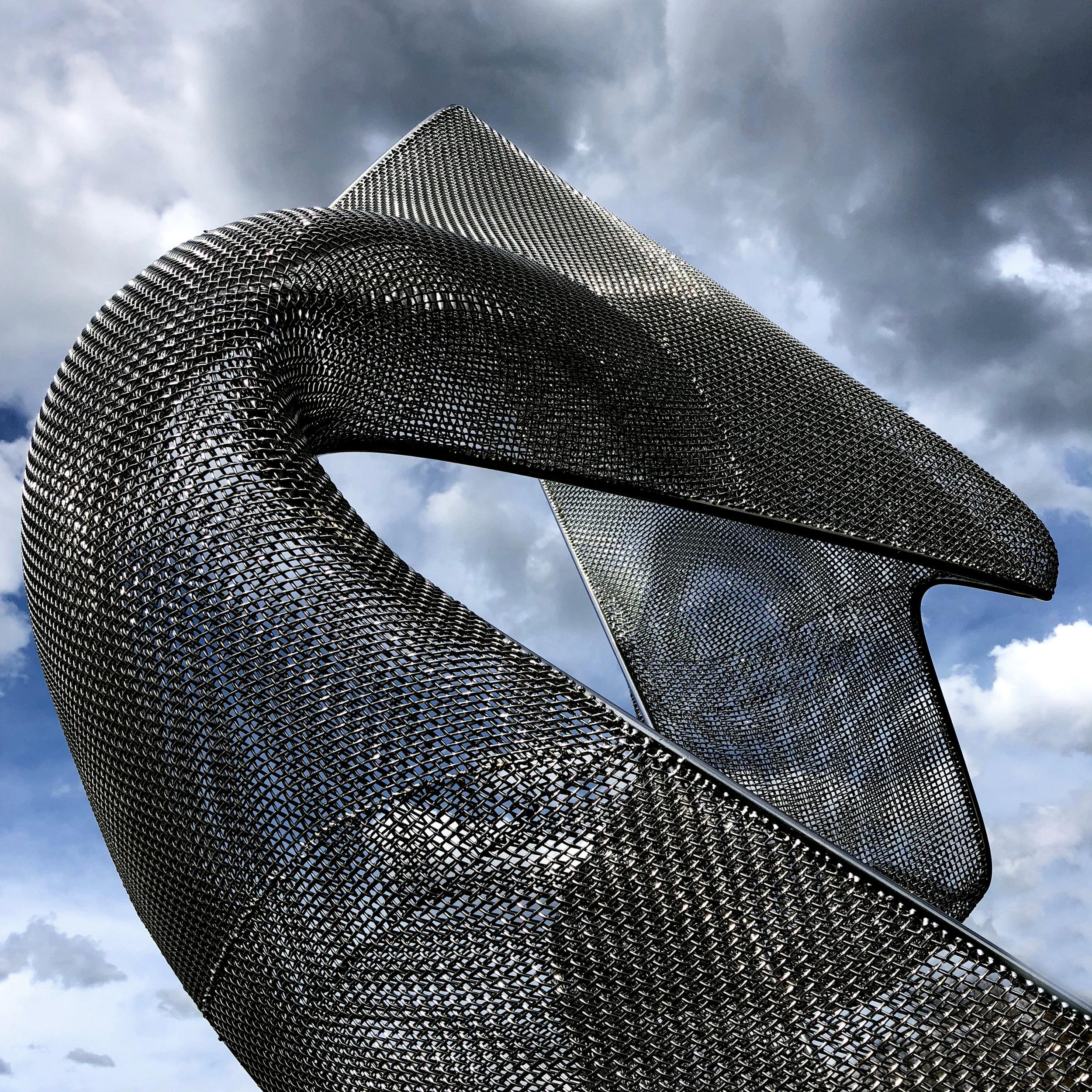 Les gigantesques sculptures métalliques d'Erich Hauser, à Rottweil
