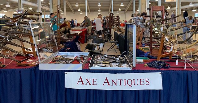 All set up at the Richmond Civil War show at the raceway complex. Come on out Saturday and Sunday #antiqueguns #antiqueswords #mancave