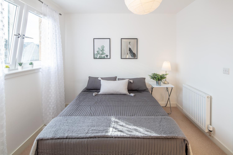 bedroom staging.jpg