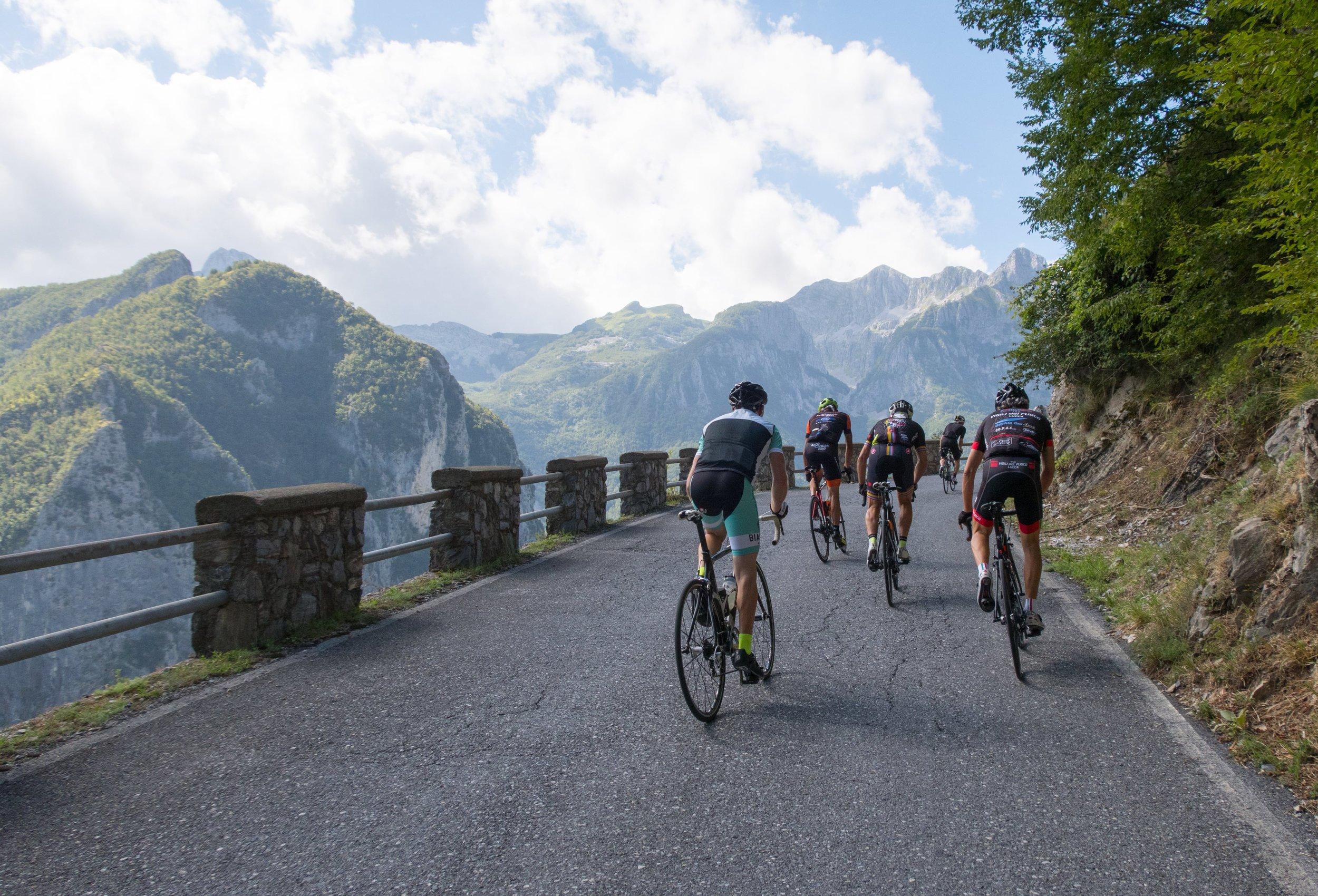 Gruppo Compatto : Pania della Croce in the Apuan Alps