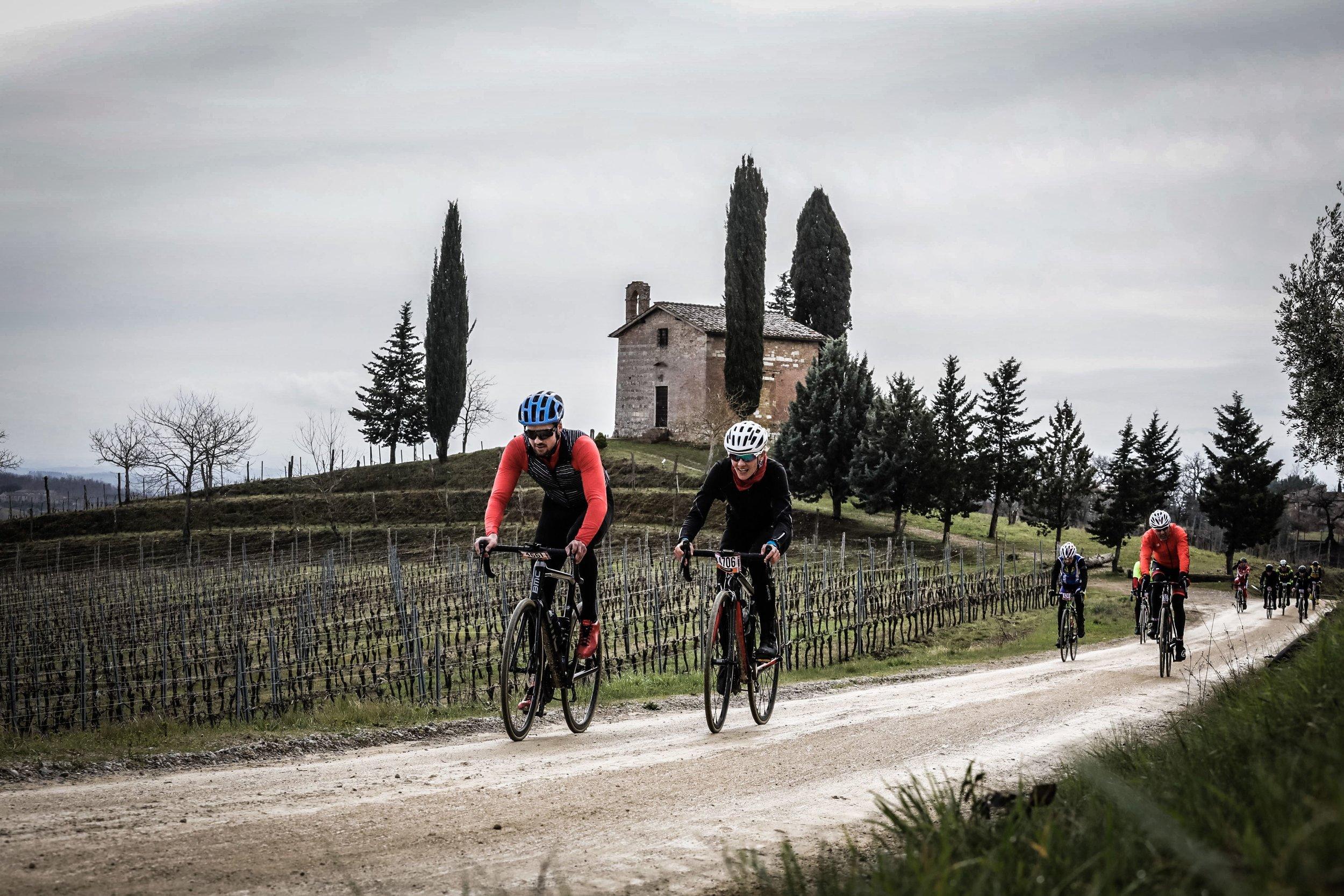 Gran Fondo Strade Bianche: where amateurs duke it out. Photograph: Sportograf.com
