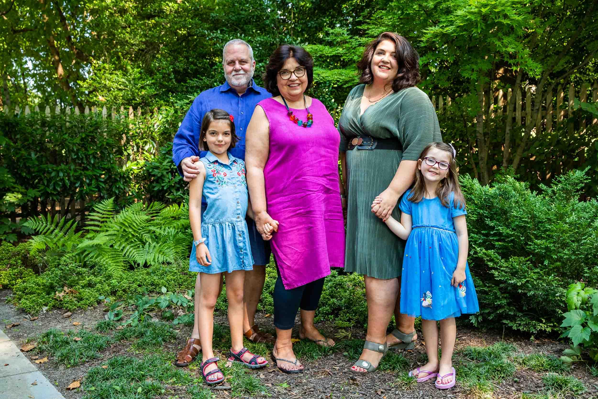 Chevy Chase MD Backyard Family Portraits Maryland Photography Tara Parekh Photography -04.jpg