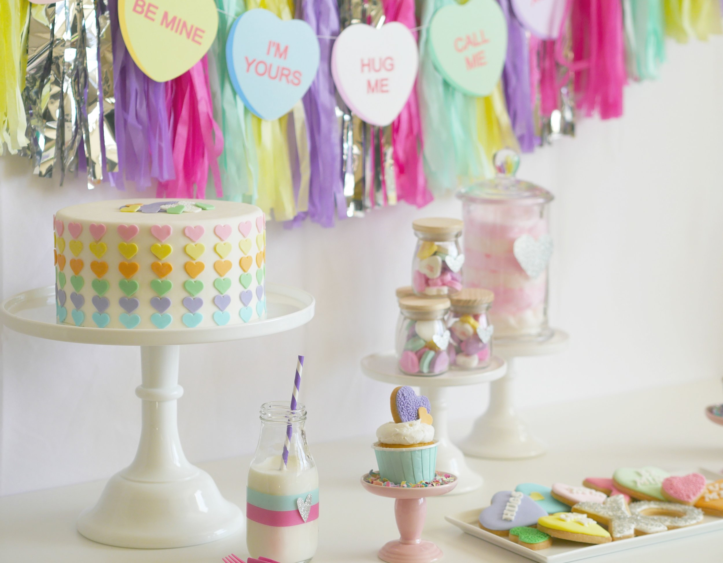 Valentine's party ideas / valentine's party decor / valentine's dessert ideas / valentine's dessert table / Conversation hearts party idea / Valentine's Party Idea for kids /Styled by Carolina from MINT Event design / www.minteventdesign.com.