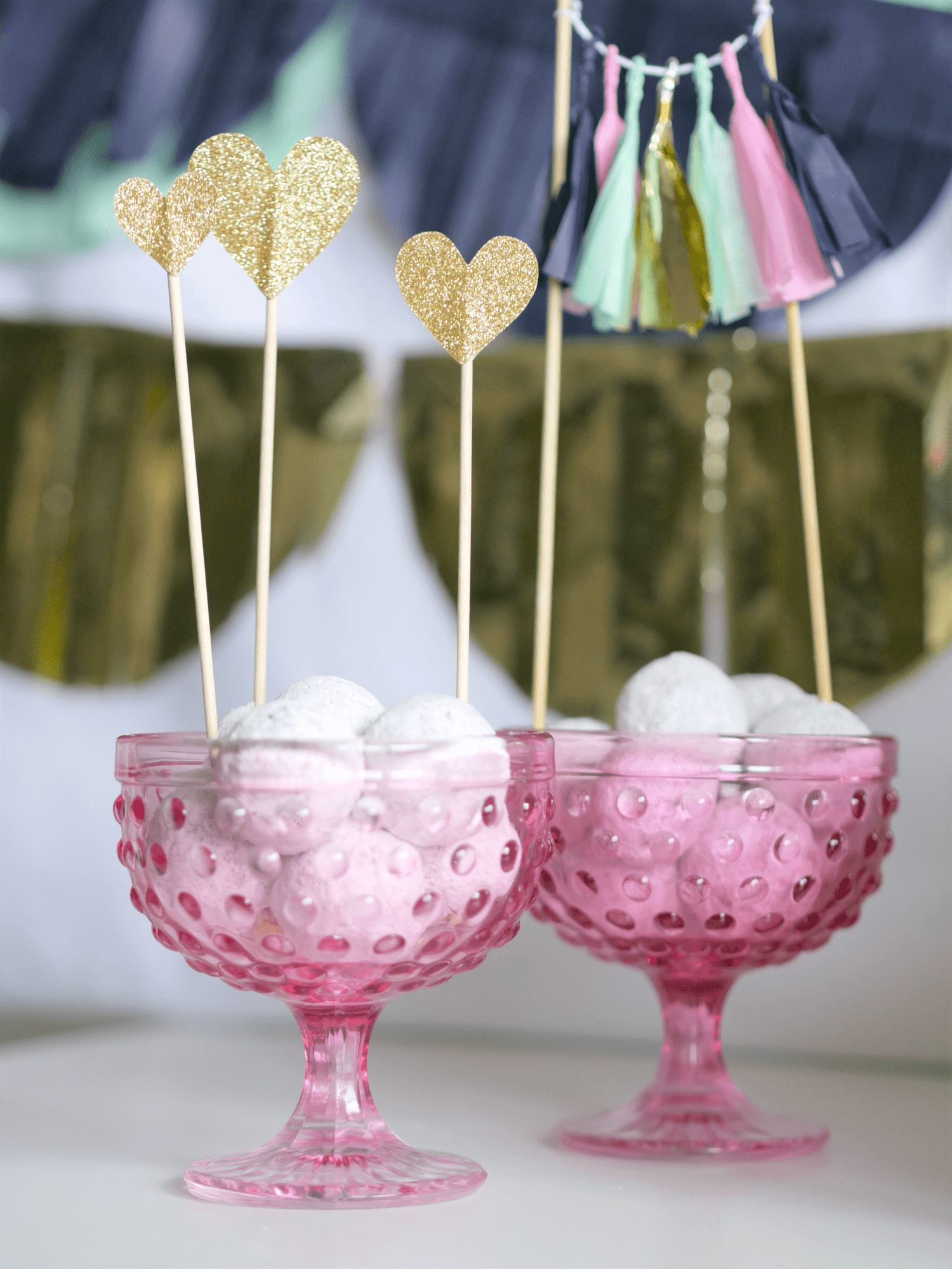 Valentines day party ideas / valentines day dessert ideas / valentines day cake toppers / valentines day party party decor / Styled by MINT Event Design / www.minteventdesign.com