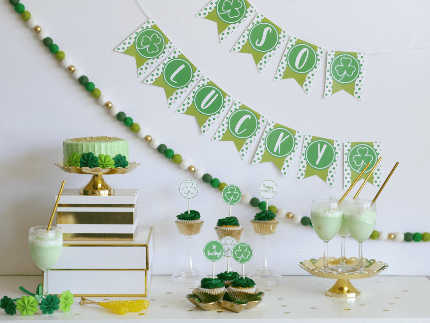 Click for creative and unique St. Patrick's Day party ideas for your dessert table and party decor. Plus, there's even free party printables. Styling by Mint Event Design www.minteventdesign.com #partyideas #partydecorations #freeprintables #saintpatricksday #stpatricksday #shamrock