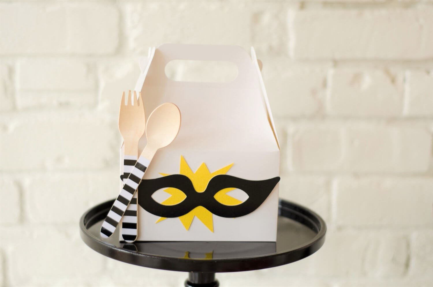 Surprise your party guests with a prepackaged lunch inside an embellished gable box - see more kids party ideas on Mint Event Design www.minteventdesign.com