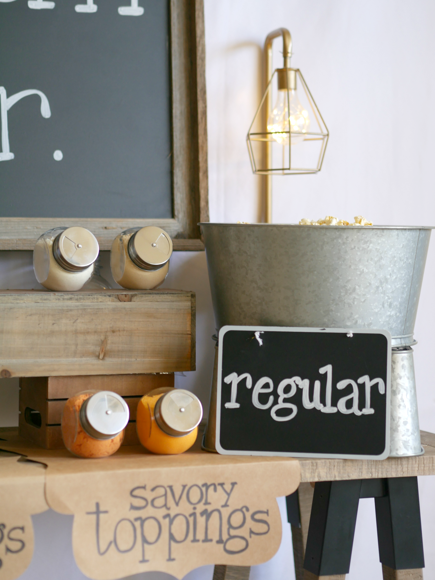 Savory toppings ideas for popcorn / Popcorn bar / Popcorn table / wedding popcorn bar / teen popcorn bar ideas / rustic popcorn bar / Styled by Carolina from MINT Event design / www.minteventdesign.com