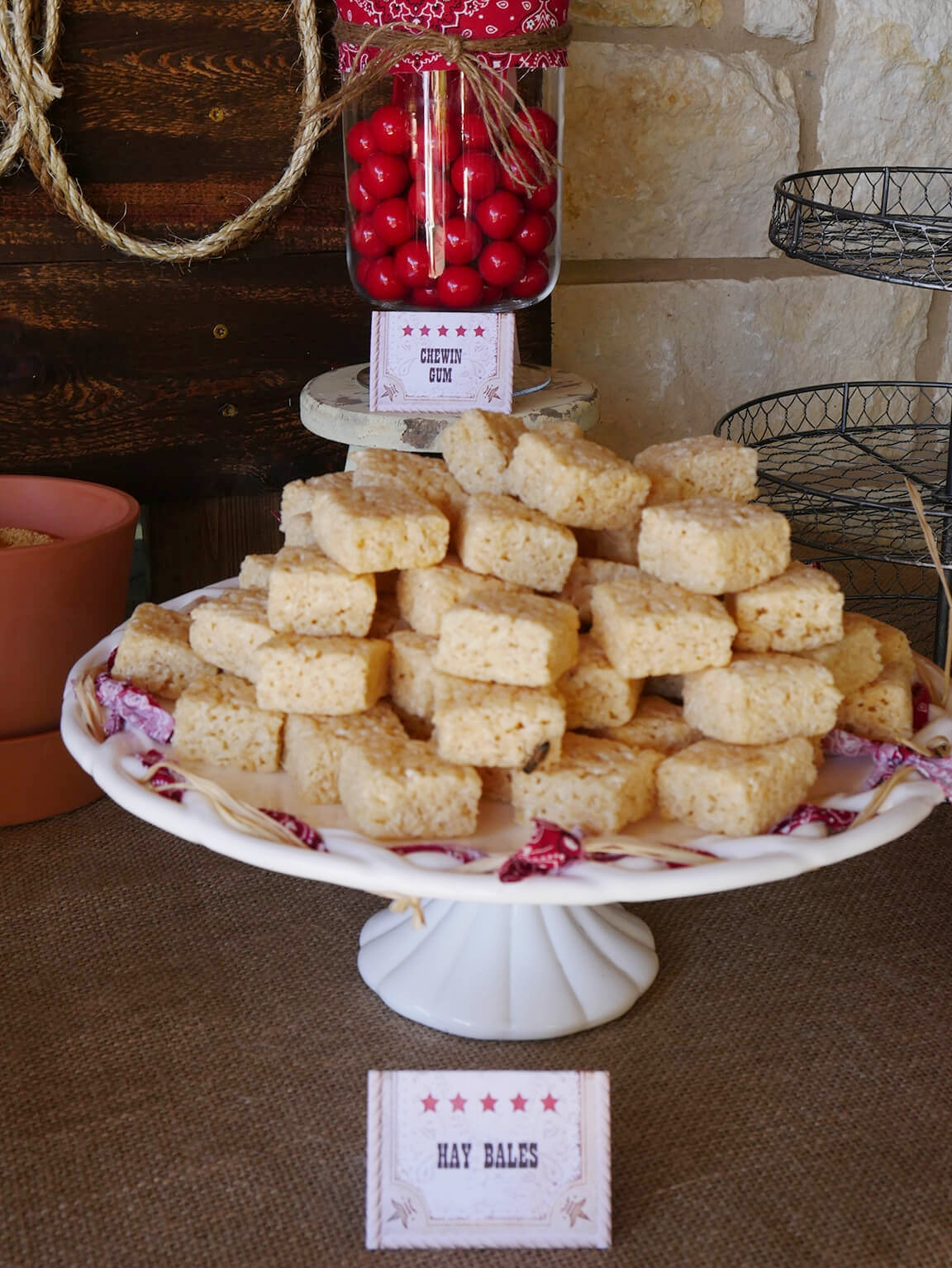 Haybales for Cowboy Party Dessert