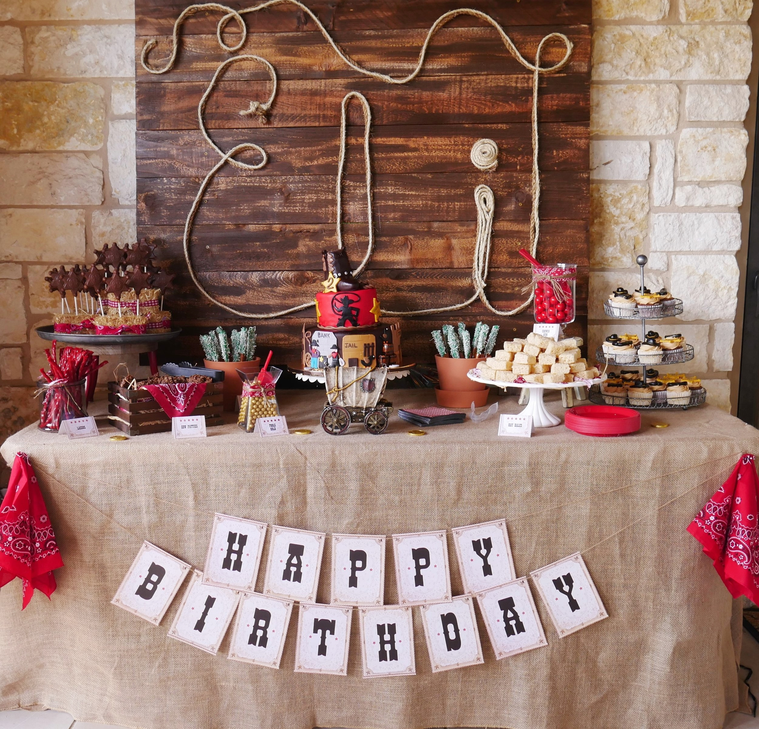 The best Wild Wild West Birthday Party Ideas complete with a Wild West Printable Party Set. This birthday party is perfect for your little cowboy that loves to pretend they are out on the ranch. Click to find Western Party Ideas for the dessert table and cowboy party decorations / Styled by Carolina from MINT Event Design / www.minteventdesign.com #wildwest #cowboy #birthdayparty #partyideas #desserttable #boybirthday