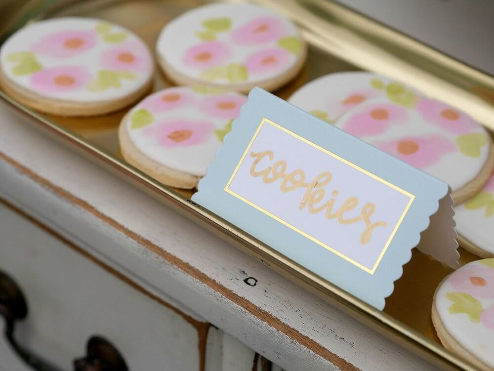French Cottage Bridal Shower Ideas / Outdoor Bridal Shower ideas and decor / Pastel colors Bridal Shower Ideas / Bridal Shower Cookie idea / Shabby Chic Bridal Shower Ideas / Floral cookie ideas / Bridal Shower dessert table idea / Baby Shower dessert table idea / Styled by Carolina from MINT Event Design / www.minteventdesign.com