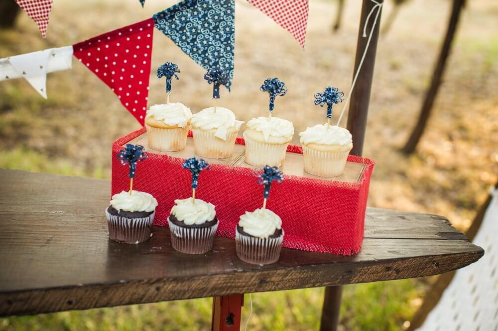 Fun cupcake toppers for 4th of July