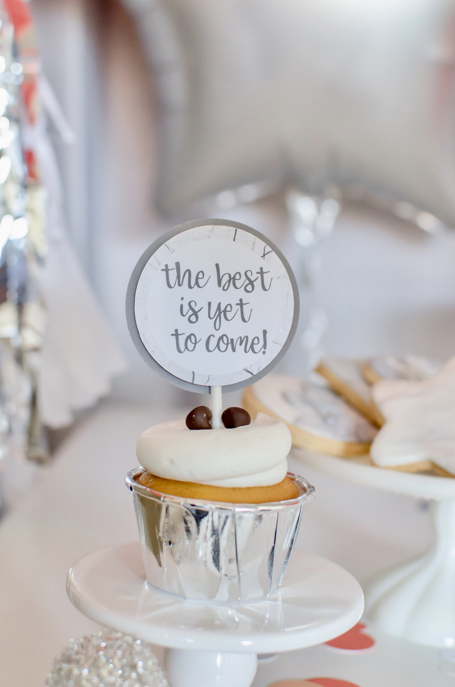The best is yet to come! Cute cupcake toppers for NYE!