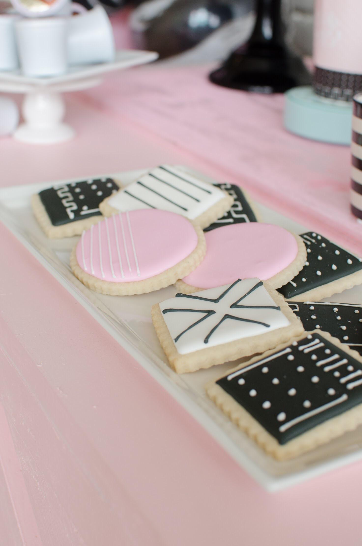 Modern & Minimalist cookie design at Galentine's Day party