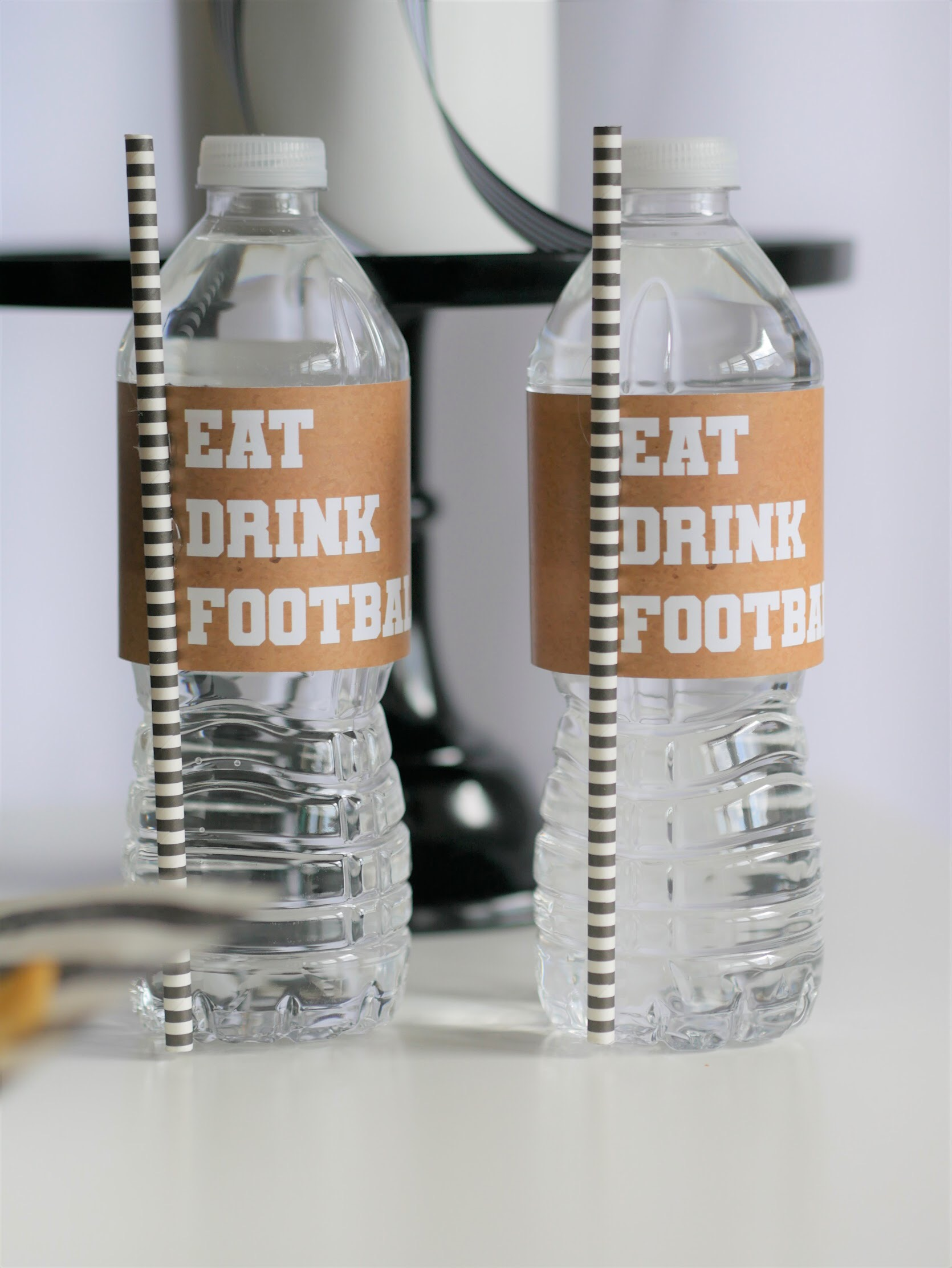Game Day Glam party idea and free printables from Mint Event Design