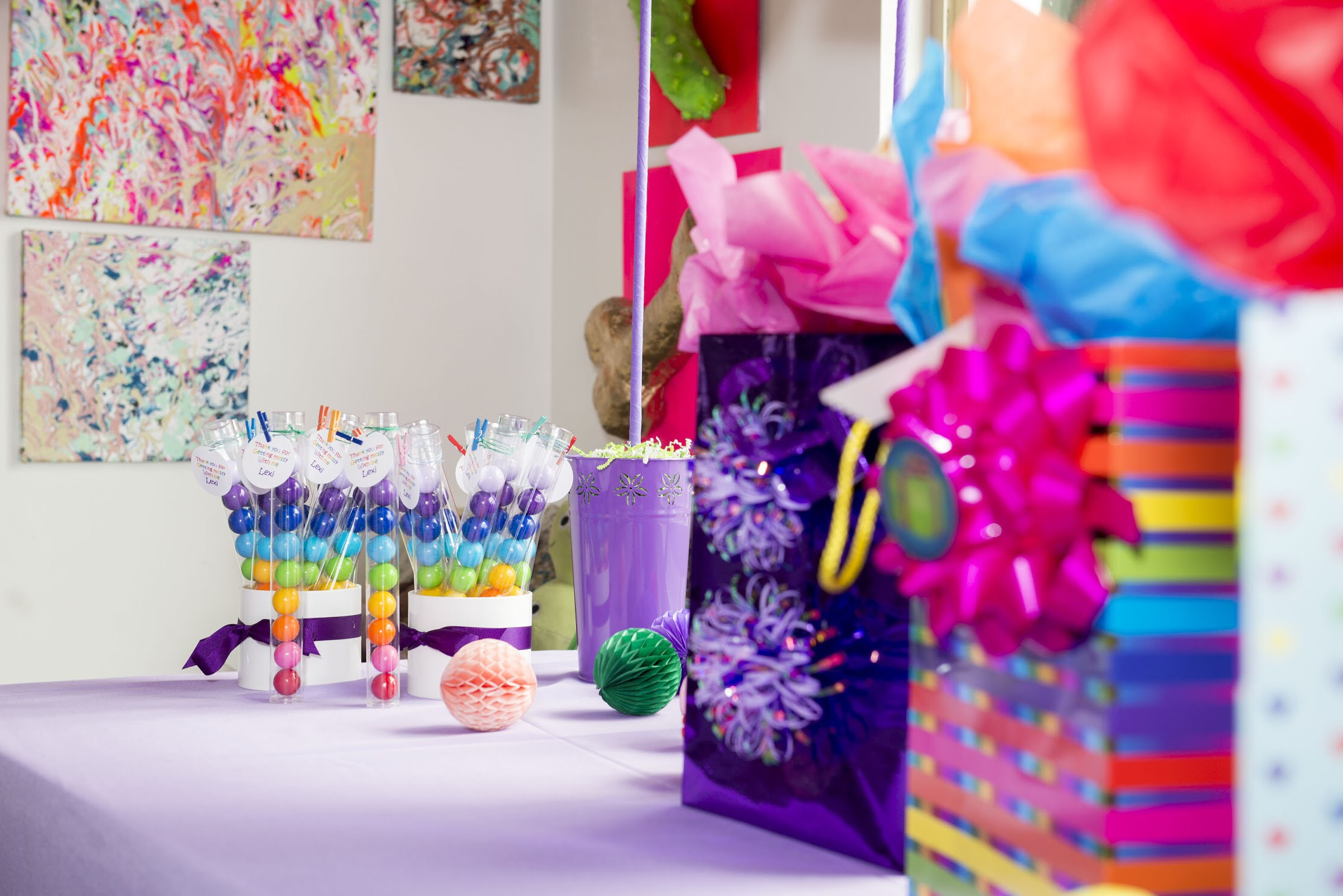 Come see all the art themed party ideas on Mint Event Design www.minteventdesign.com #kidsparty #kidspartyideas #birthdaypartyideas #artparty #rainbowparty