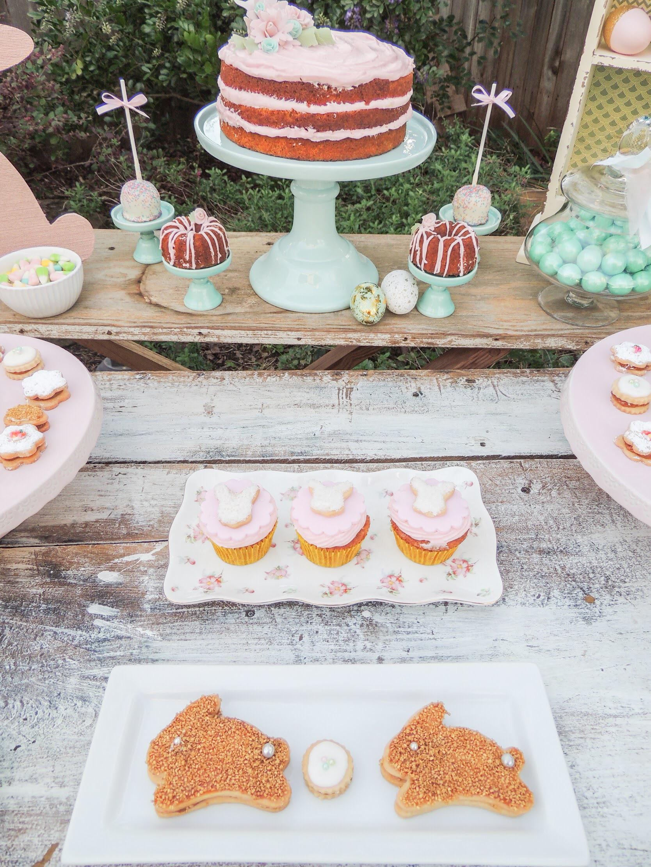 Easter Dessert Party ideas as seen on Mint Event Design www.minteventdesign.com #eastertable #easterdecor #easterparty #partyideas #easterideas