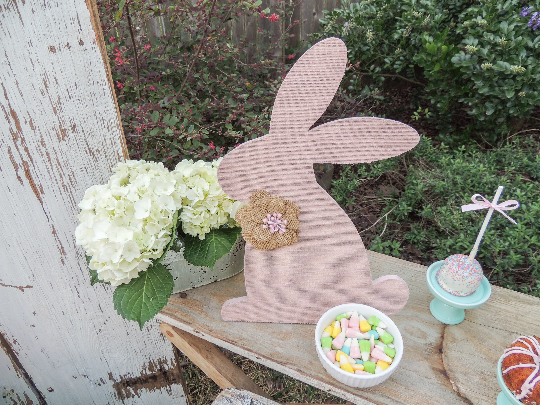 Adprab;e Easter party ideas