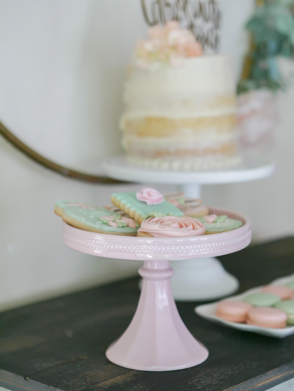 Vintage garden party dessert ideas. As seen on Mint Event Design www.minteventdesign.com