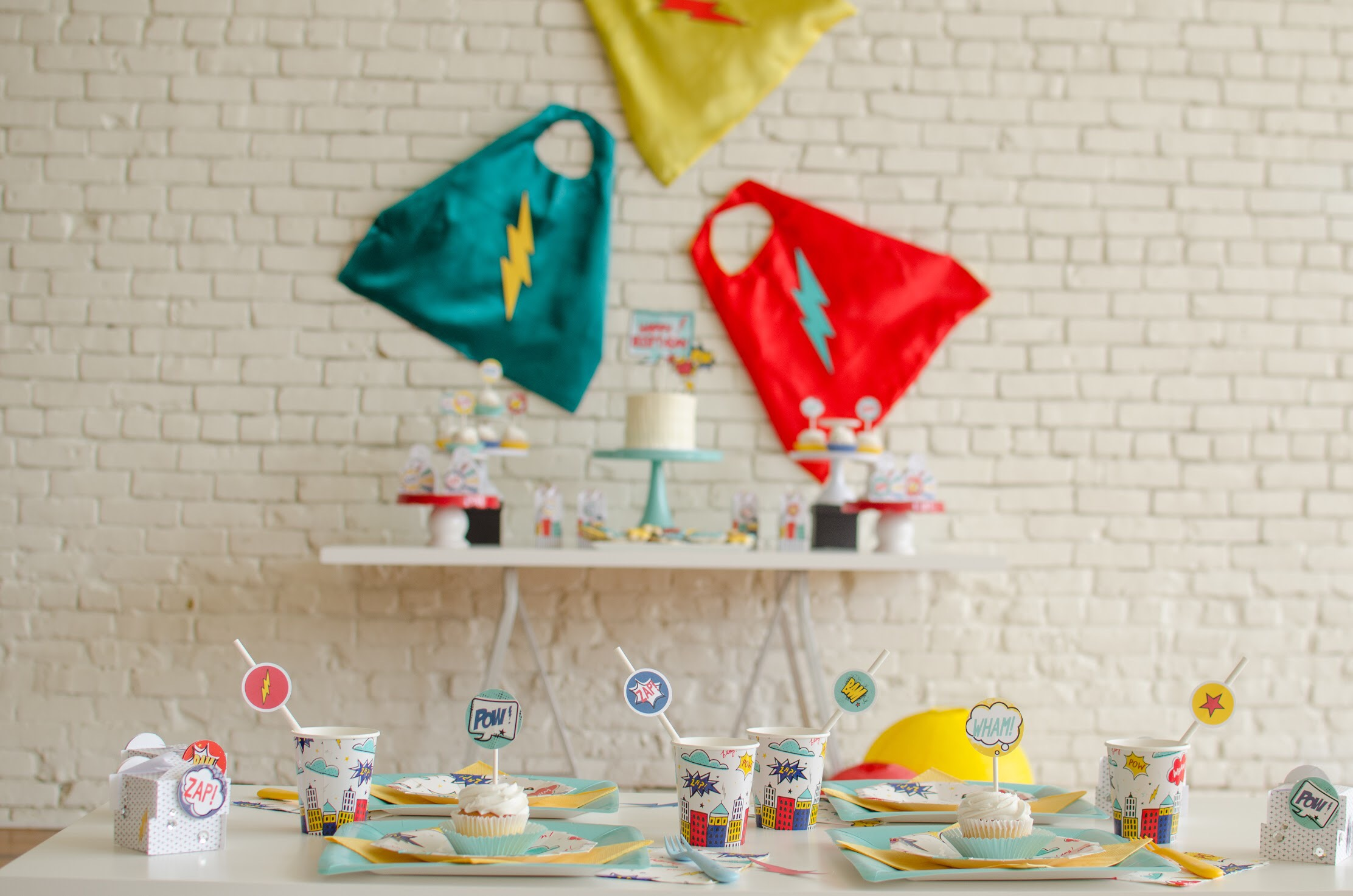 Superhero party ideas and free printables from Mint Event Design