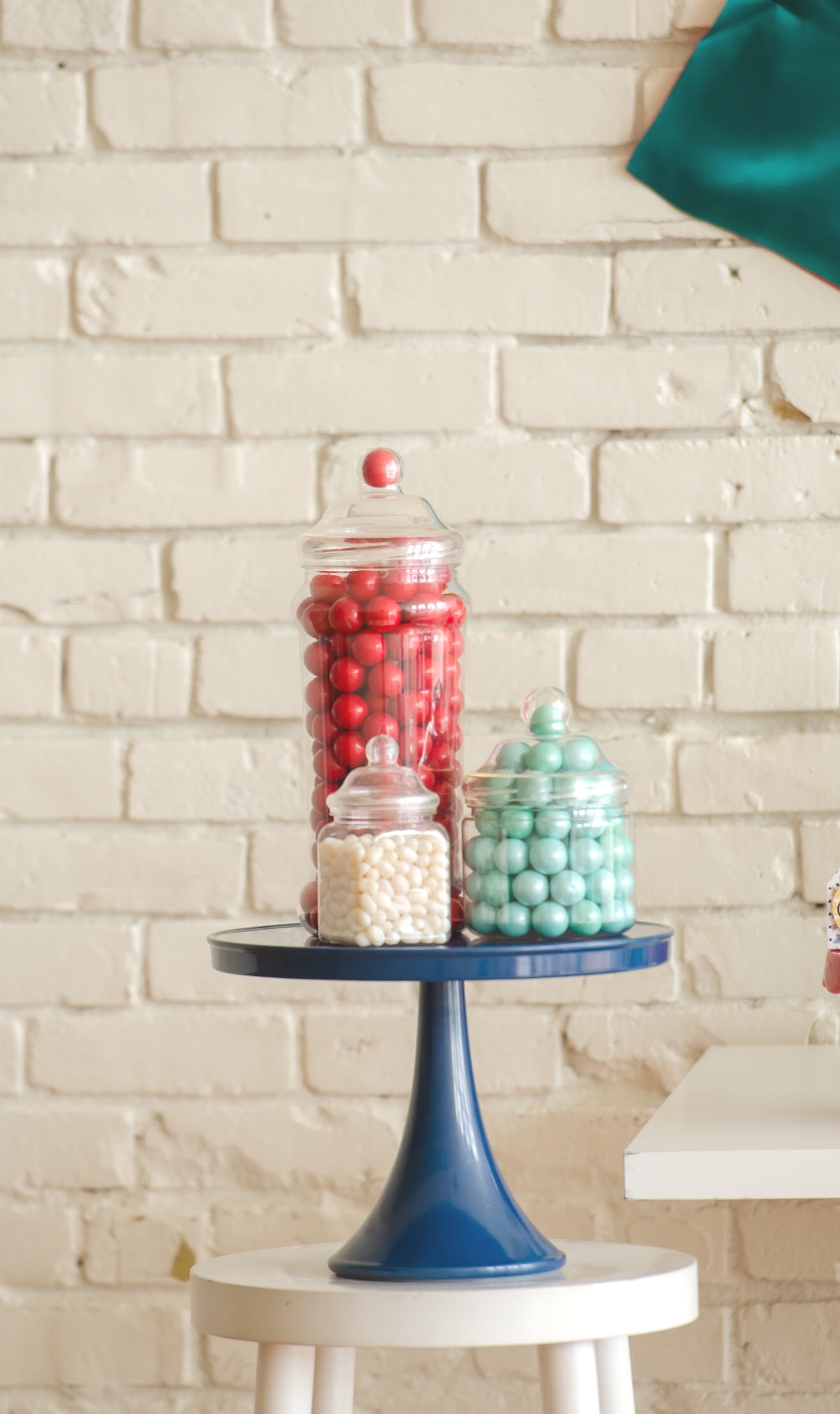 love the look of candy in glass jars