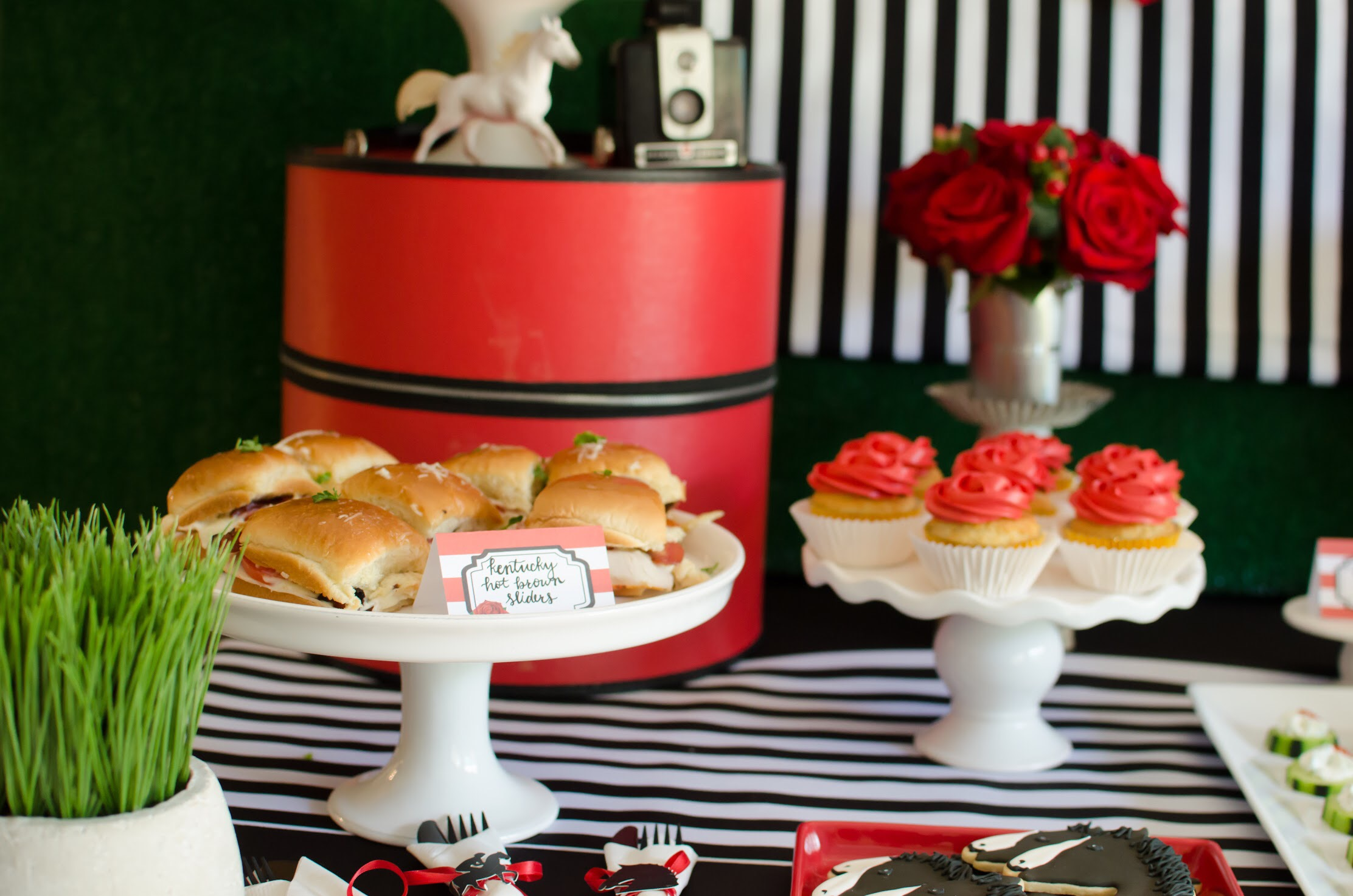 Food Ideas for a Kentucky Derby Party from Mint Event Design www.minteventdesign.com